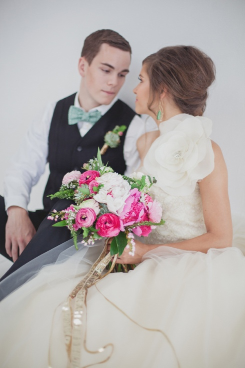 emerald-and-pink-wedding-ideas-75